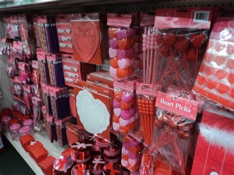 valentines store dollar finds s day 187 dollar store crafts