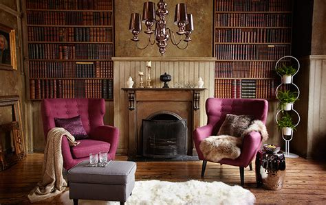 Old Fashioned Living Room | to the manor born country living on the cheap in