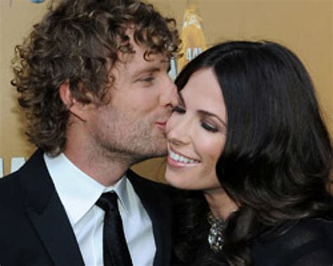 dierks bentley daughter dierks bentley and wife expecting second daughter