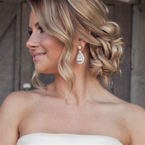 wedding hair messy bun view from front 33 stunning wedding hairstyles for your big day