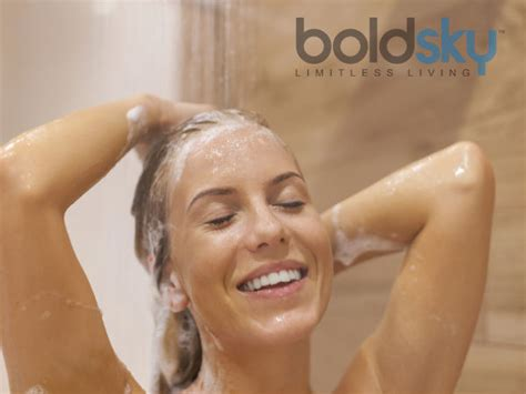 Showering With Your Partner by Ways To Remove Egg Smell From Hair Boldsky