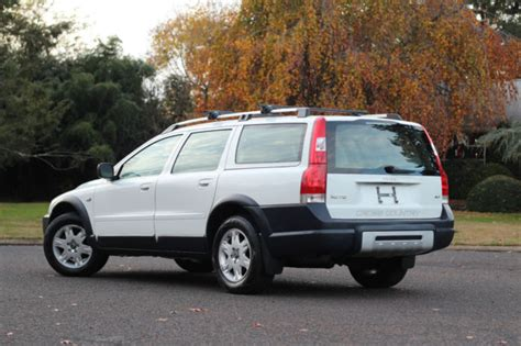 volvo xc  wagon awd turbo  cross country clean serviced