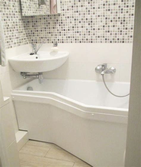 space saving bathtub 25 winning small bathroom decorating ideas adding personality and airy feel to room design