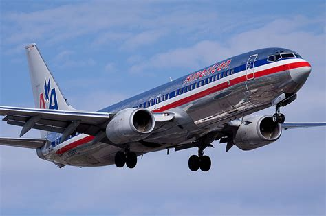 american airlines   cutting ties  orbitz  cut prices