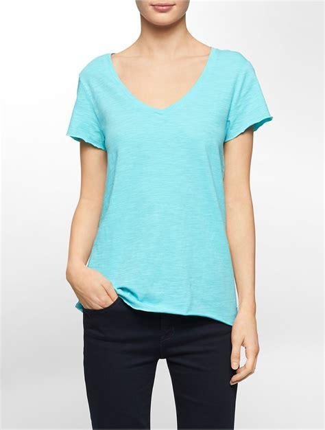 Kaos T Shirt Negara New York Liberty calvin klein white label solid v neck cotton slub t shirt in blue lyst