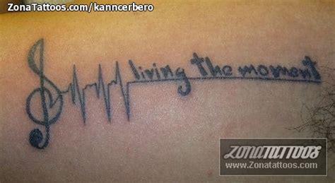 imagenes de tatuajes de letras musicales tatuaje de notas musicales frases letras