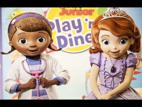 doc mcstuffins & sofia the first breakfast play 'n dine