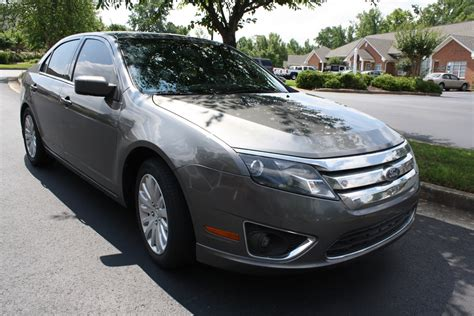 value of a 2010 ford fusion 2010 ford fusion hybrid 01