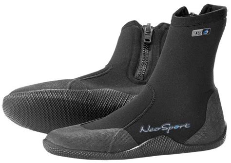 boat shoes keep slipping off top 10 best sailing shoes laser sailing tips