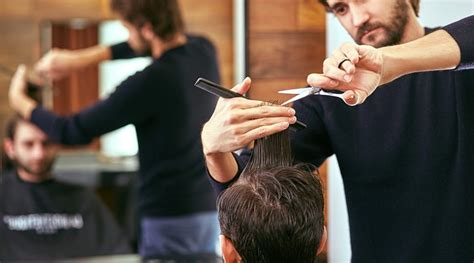 Hair Dressers In Birmingham by Hairdressers How To Become A Hairdresser