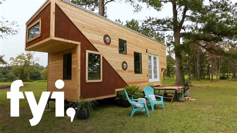 Tiny House Nation An Emotional Tiny House Reveal Season Fyi Tiny House Nation Episodes