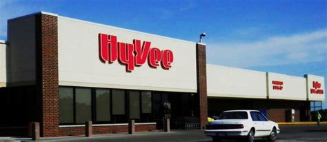 Hyvee Post Office by Front Of The Store Hy Vee Office Photo Glassdoor Co In