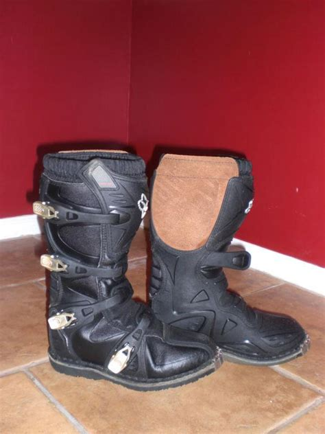fox tracker motocross boots find fox racing tracker jr youth motocross dirtbike
