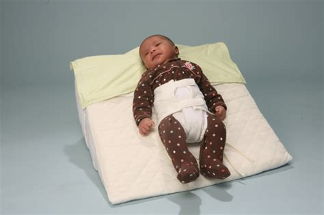 How To Incline Crib For Reflux by Crib Wedge Sling Baby Crib Design Inspiration