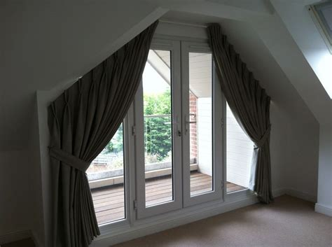 triangle window coverings 9 best images about abby s triangle window on