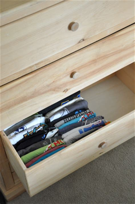 How To Fold T Shirts For Drawers by Diy Organized T Shirt Drawers Darkroom And Dearly