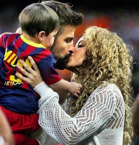 Shakira To Wed In September by Shakira And New At Barcelona Pique Sevilla Fc