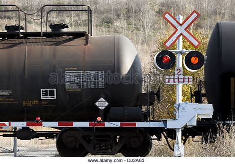 vintage railroad crossing gate signal shed building 6 x 8 dangerous goods stock photos dangerous goods stock