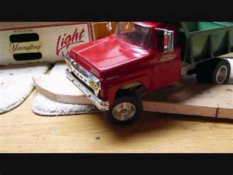 Old Ford RC Tonka Dump Truck Crawling.wmv   YouTube