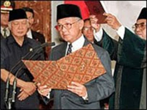 biography president habibie indonesian famous people bj habibie