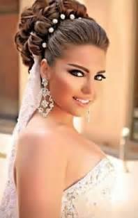 Top 10 gorgeous bridal hairstyles for long hair 2053452 weddbook