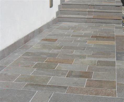 piastrelle per gradini gradini e copertine in porfido per scale e davanzali