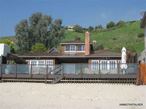 Jennifer Aniston's Former Beach House   IAMNOTASTALKER