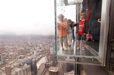 Glass Floor Building Chicago by Protective Coating On Willis Tower Ledge Cracks