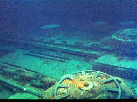 the titanic in the floor actual view of the titanic on the floor picture of