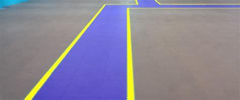 piastrelle pvc autobloccanti pavimento pvc ad incastro autobloccante