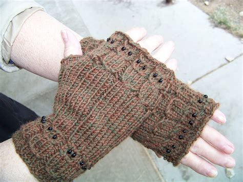 owl fingerless gloves knitting pattern 17 best images about knit fingerless gloves patterns on