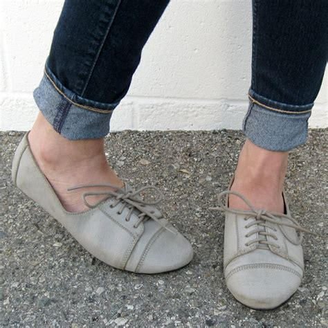womens grey oxford shoes 94 best womens oxfords shoes images on shoes
