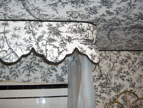 How To Remove Wallpaper From Ceiling by Removing Wallpaper From A Ceiling