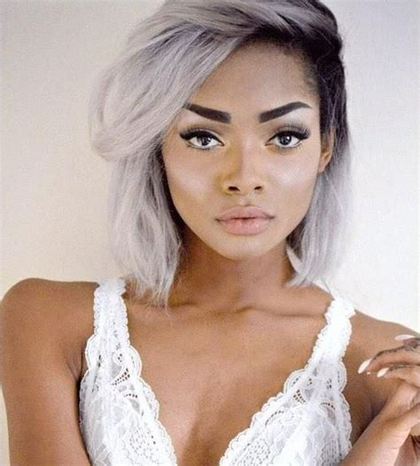 youngest black woman with grey hair la mode des cheveux blancs le granny hair fall in mode