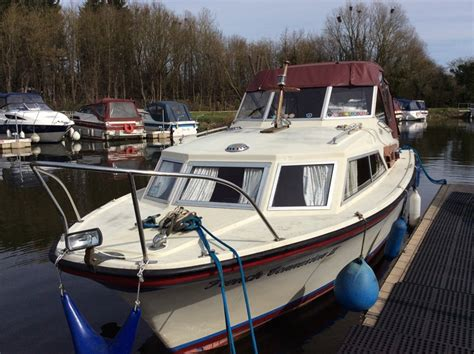 aft cabin diesel boats for sale fjord 27 selcruiser aft cabin boat for sale quot french