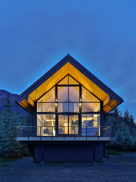 alaska surf shack modern home  seward alaska  studio
