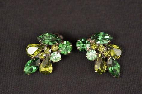 vintage signed weiss green shades rhinestone clip on