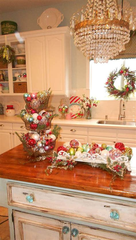 christmas decorating ideas for the kitchen 30 stunning christmas kitchen decorating ideas all