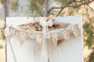 burlap wedding ideas rustic wedding ideas using burlap