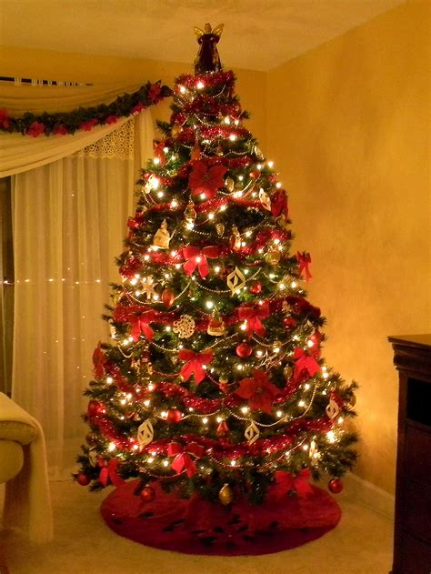 best dressed christmas tree images
