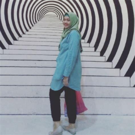 Anin Tunik hotd simpel dan nggak ngebosenin hijaber anindita co id