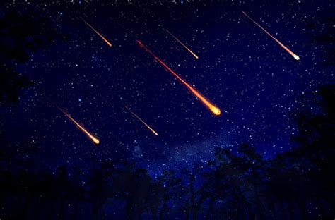 Of Meteor Showers by Moon Should Make Perseid Meteor Shower Highly Visible