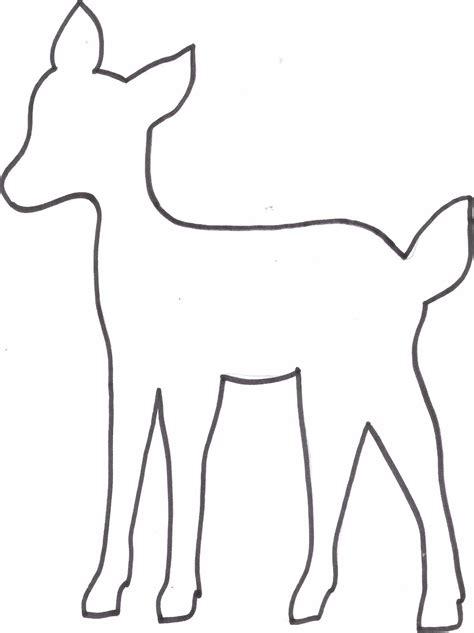 Kostenlose Vorlage Hirsch Kreatyve Diy Reh Kissen Freebie Vorlage Zeichnen Vorlagen Reh Kissen Und