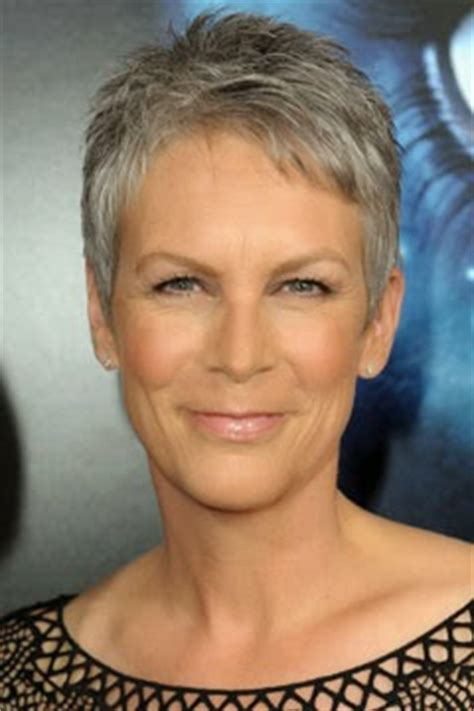 jamie lee curtis with silver hair classy and very short haircut life after 50 what matters to women not your fifty shades
