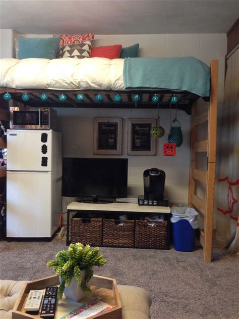 college room beds best 25 loft beds ideas on dorms decor