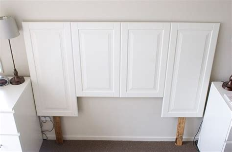 Headboards Out Of Doors Cabinet Door Headboard Ohhhh This Makes Me See Cabinet Doors In A Whole New Way Look Out