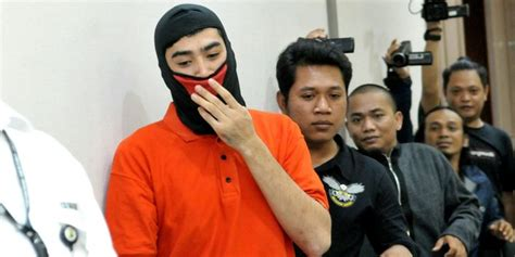 Shp Luar Negeri 299 pria pemukul wartawan net lulusan luar negeri punya barber shop merdeka