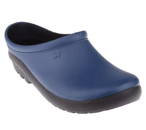 garden clogs for sloggers premium waterproof garden clogs qvc
