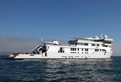 catamaran expedition yacht charter luxury expedition yacht suri in pacific luxury