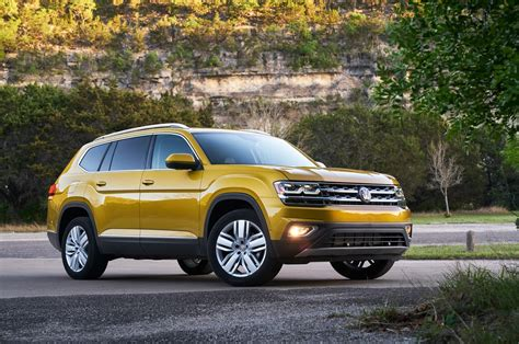 volkswagen atlas 2017 2018 volkswagen atlas first drive review motor trend
